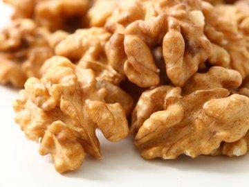 Хранение орехов без скорлупы: способы и правила