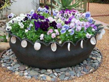 Оригинальные клумбы – островки цветов