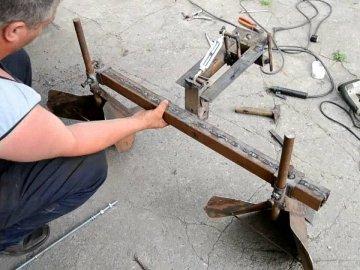 Инструменты и детали для изготовления окучника