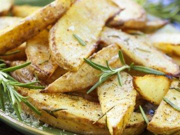 Можно ли жарить зеленый картофель?
